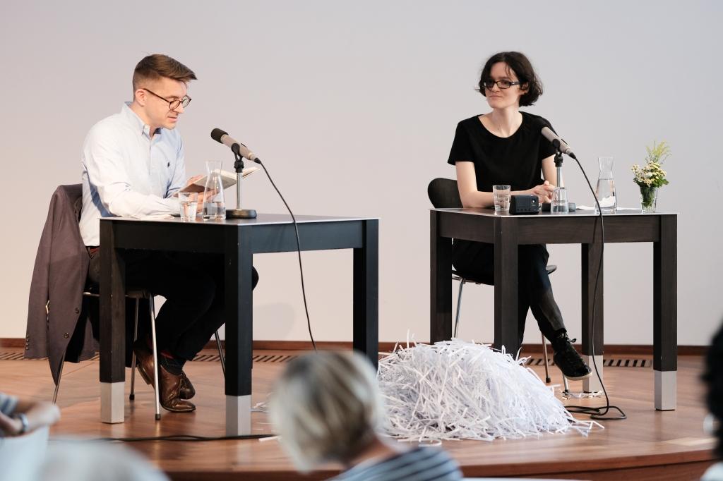 Tobias Schwartz und Giovanna-Beatrice Carlesso beim Wetterleuchten des Literaturhaus Stuttgart